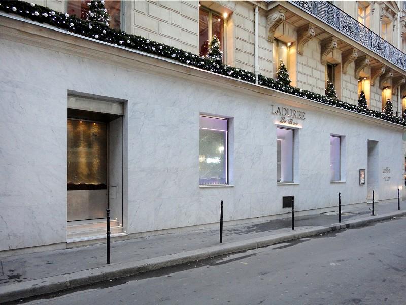 Blanc de Carrare - Ladurée le Bar Champs Elysées - Agence Roxane Rodriguez