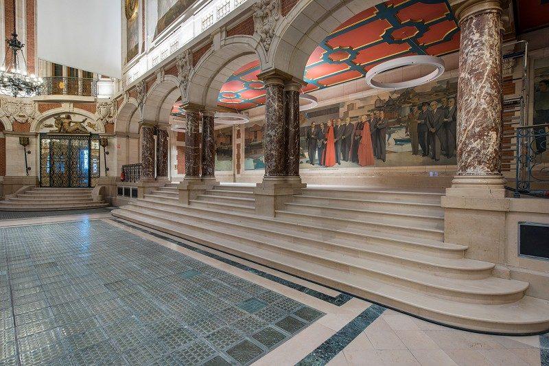 CCI Grand Lille Escalier Pierre de Comblanchien - Photographe Pierre Rogeaux